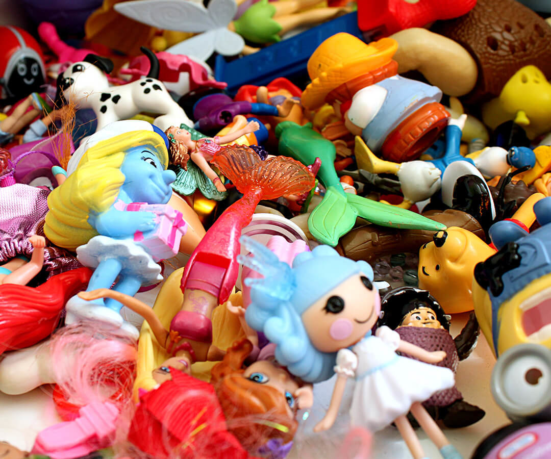 5 ways to give old toys a second life